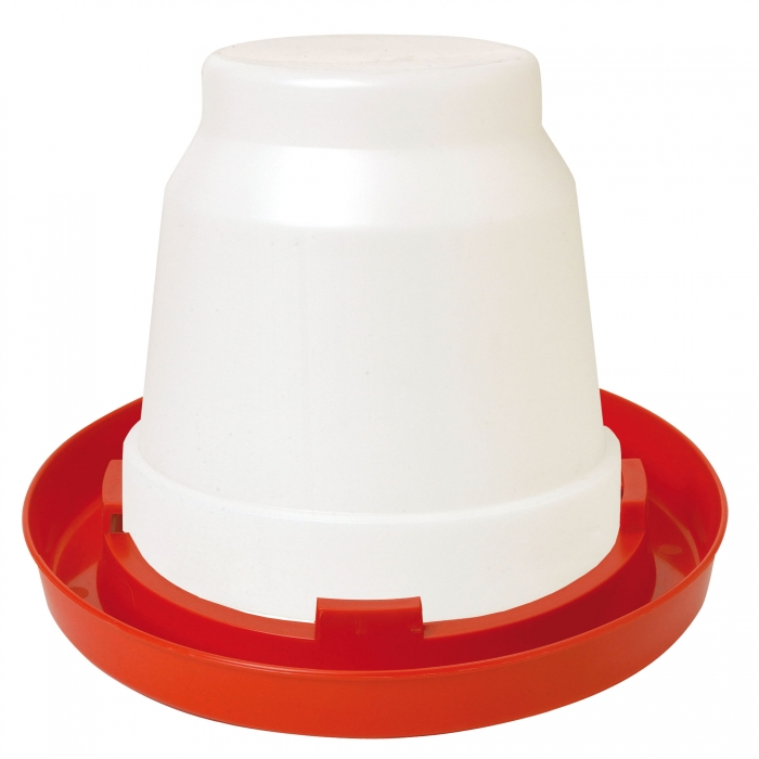 Little Giant 1 Gal Plastic Poultry Waterer put together